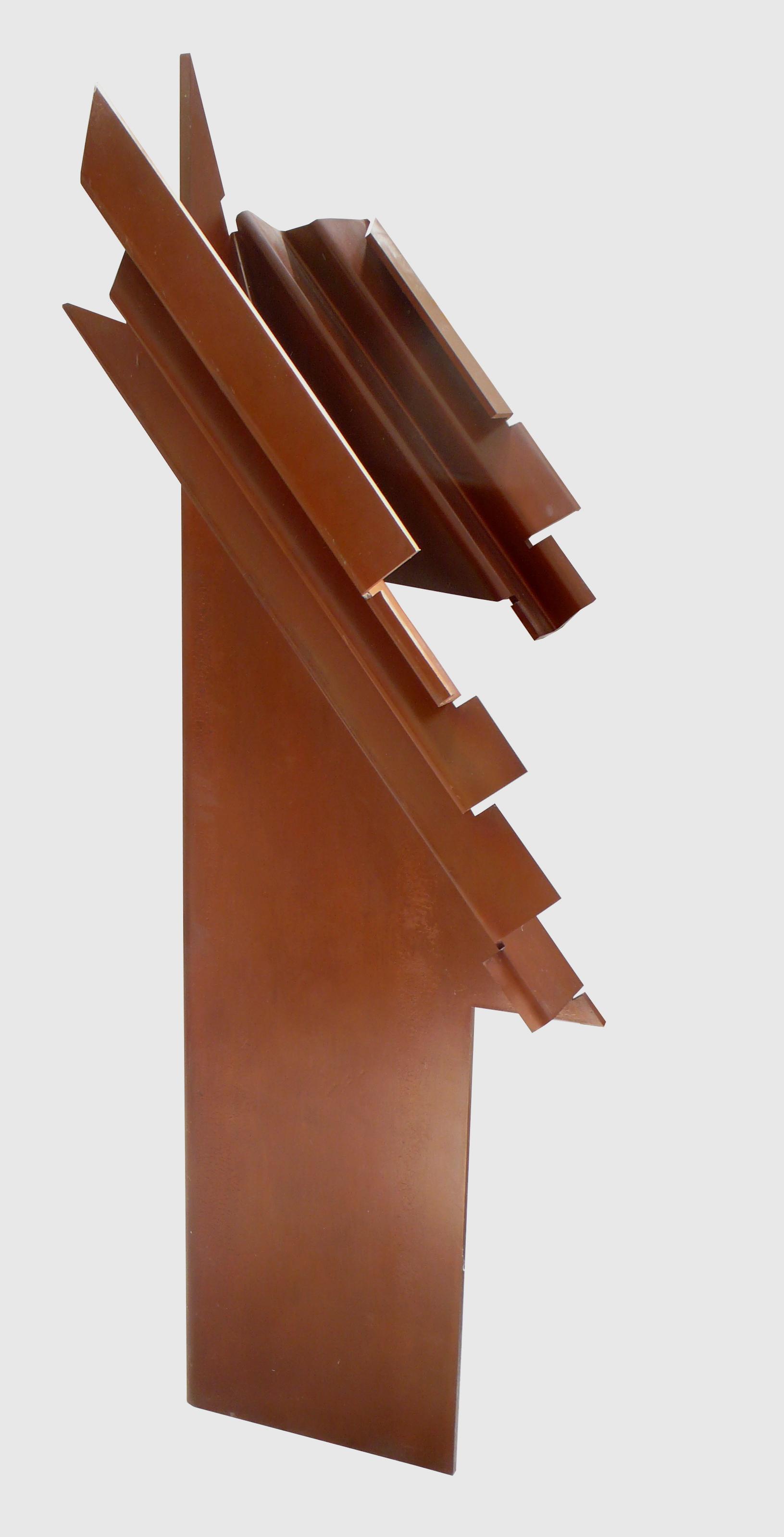 """Escultura """"Toltec VII"""" de Pablo Palazuelo. Acero corten. 1987"""