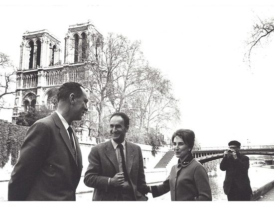 Fotografía Pablo Palazuelo 1962-Paris Eduardo y Pili Chillida