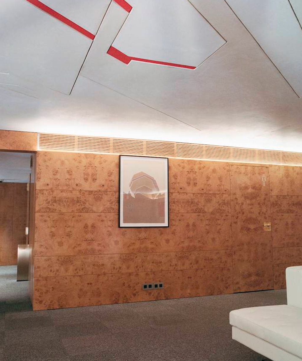 Techo diseñado por Palazuelo para la sede del Edificio Bankinter.